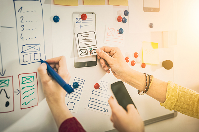 Outsource UI/UX Design Services - Flatworld Solutions